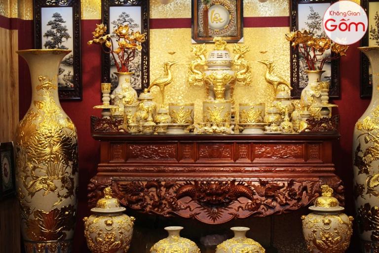 Bàn thờ gỗ tần bì mua ở đâu ? giá bán bao nhiêu tiền ?