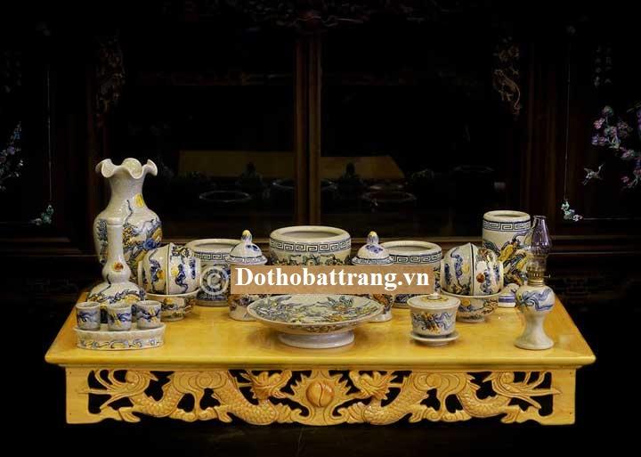 Bộ đồ thờ cúng phù hợp phong thủy với người mệnh Thổ