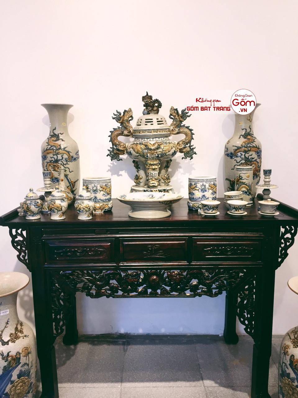Nên lựa chọn dòng đồ thờ gốm sứ Bát Tràng để kinh doanh đồ thờ cúng
