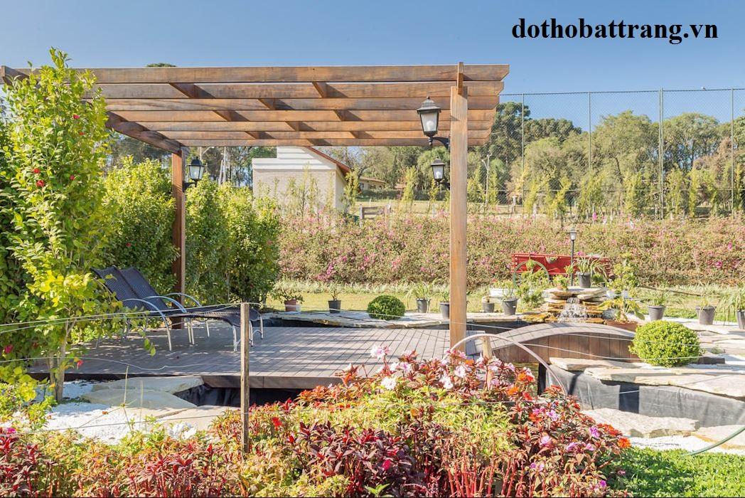 xây nhà vườn đẹp mộc mạc cho gia đình