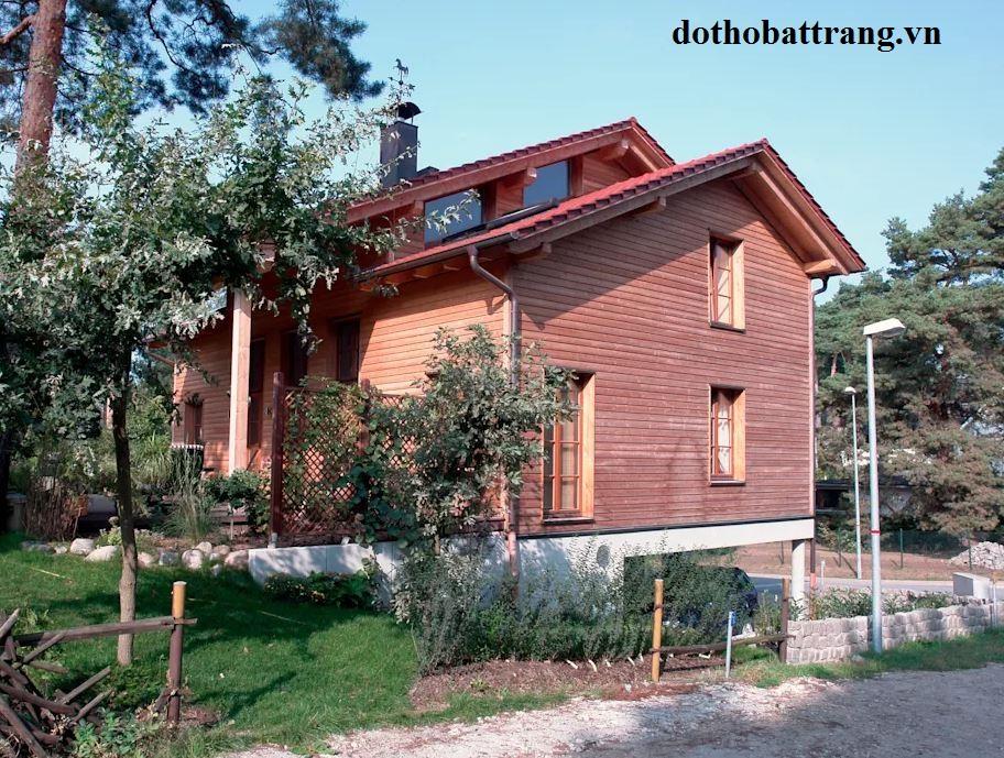 nhà gỗ 2 tầng đẹp như resort 1