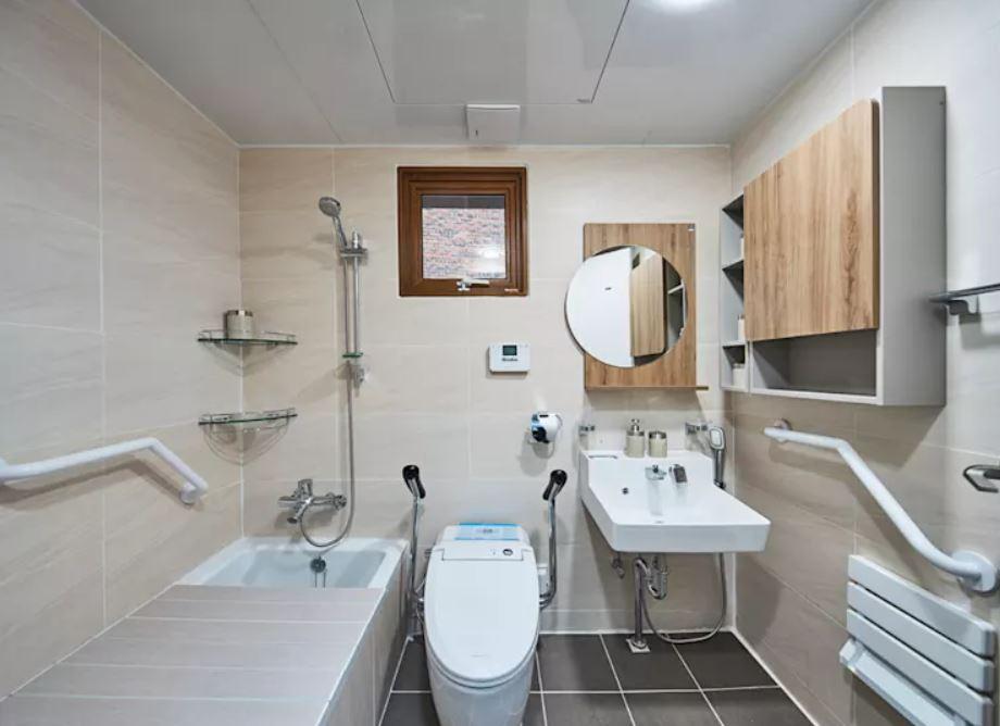 Thiết kế phòng tắm hợp phong thủy : 7 lưu ý không được quên