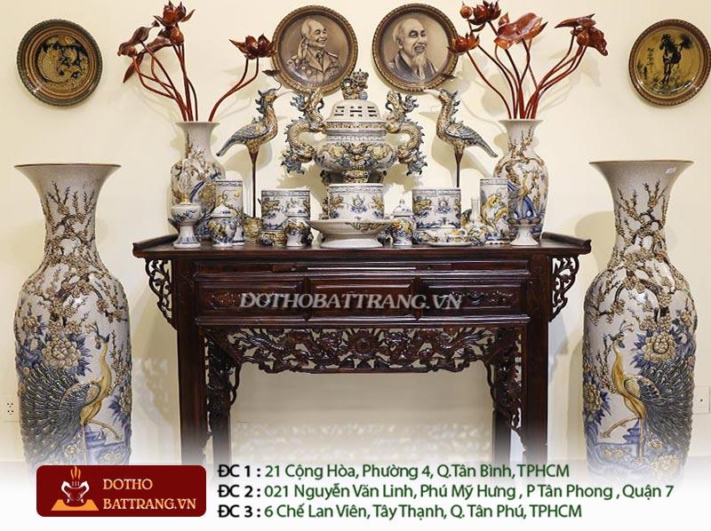 bày trí bàn thờ đồ thờ gốm sứ phong thủy