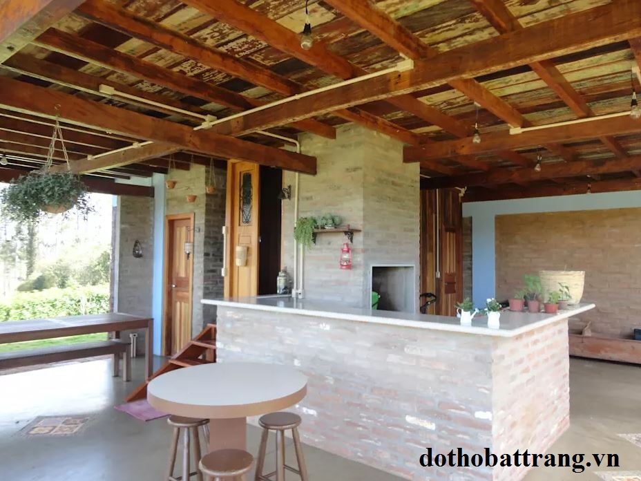 xây nhà vườn 2 tầng bằng gỗ