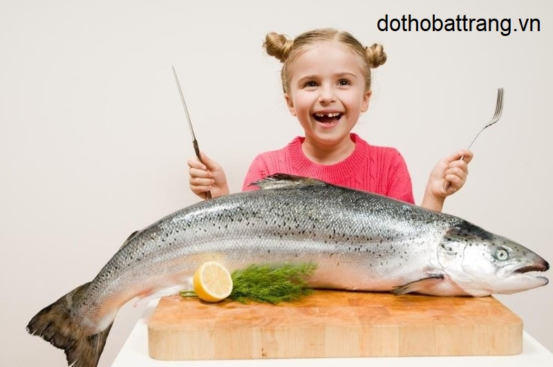 mơ thấy ăn cá là điềm báo gì 1