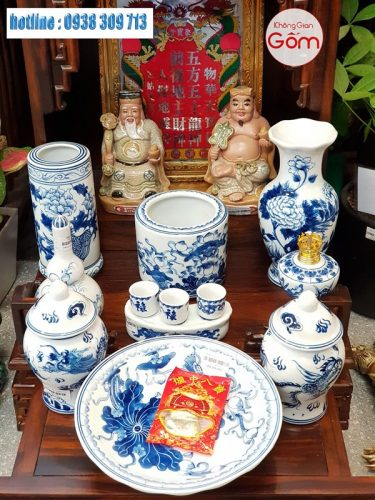 Cửa hàng bán bàn thờ ông địa, bàn thờ thần tài đẹp tại Bình Phước