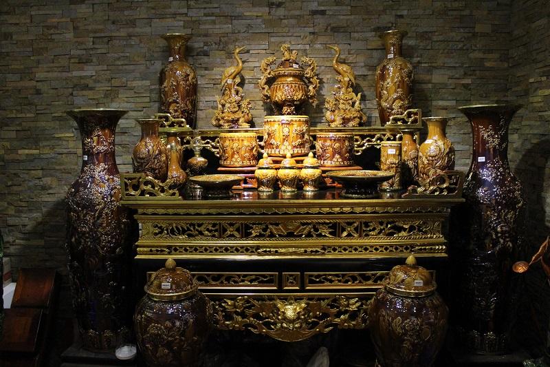 Bàn thờ gỗ lim mua ở đâu ? giá bán bao nhiêu tiền ?