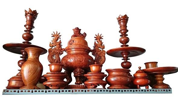 Đồ thờ cúng bằng gỗ mua ở đâu ? giá bán bao nhiêu tiền ?
