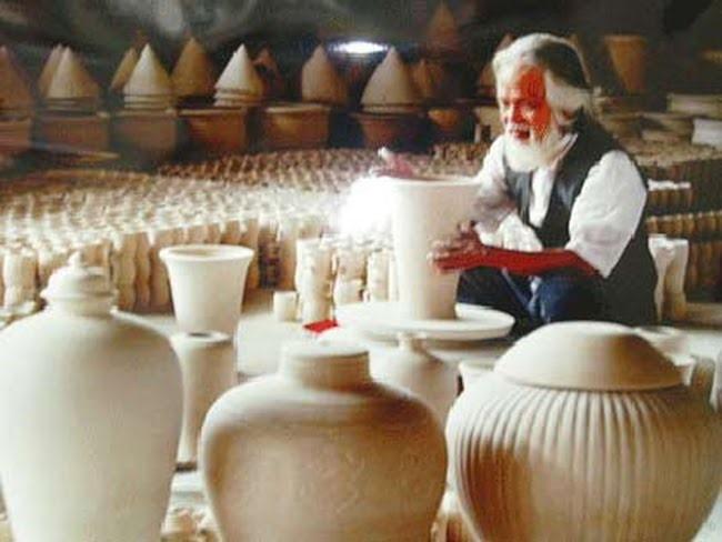 Sản xuất gốm sứ