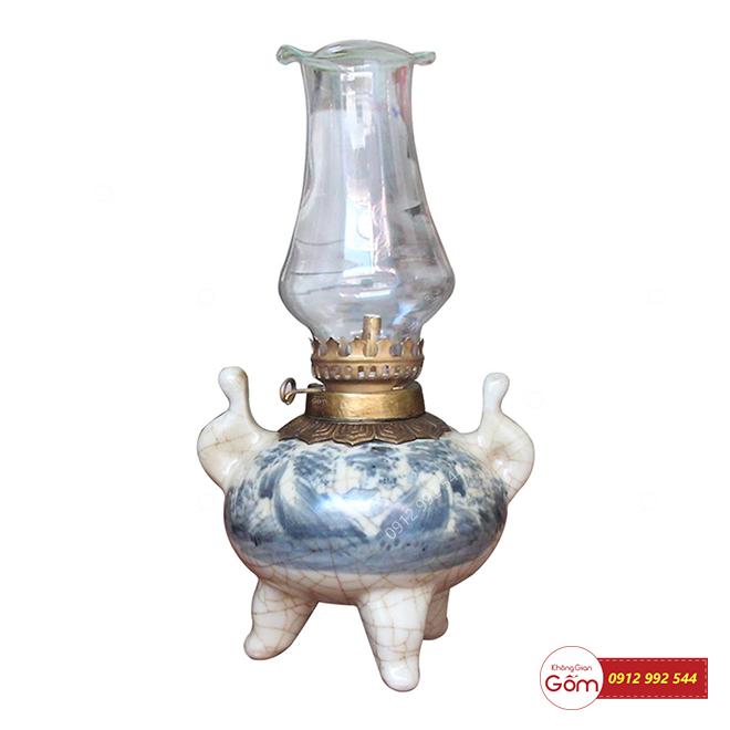 Đèn dầu trang trí bàn thờ gia tiên mua ở đâu, giá bán bao nhiêu tiền?